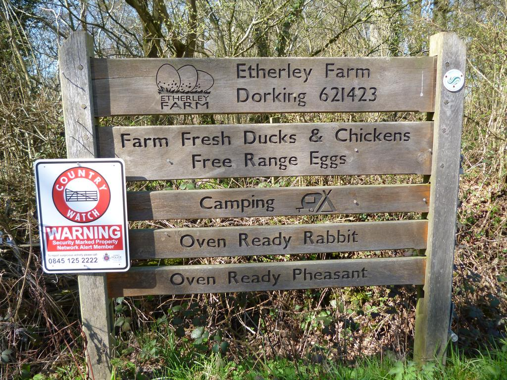 welcome-sign-at-roadside_etherley-farm_full